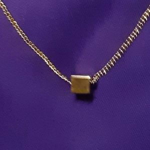 Avon Vintage 1976 'The Single Cube' Necklace
